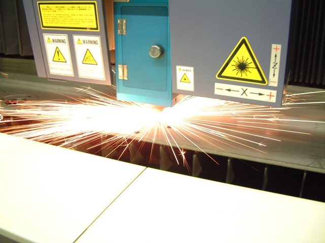 laser-piercing-steel